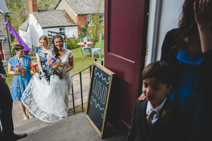 Globe-at-Hay-on-Wye-Wedding