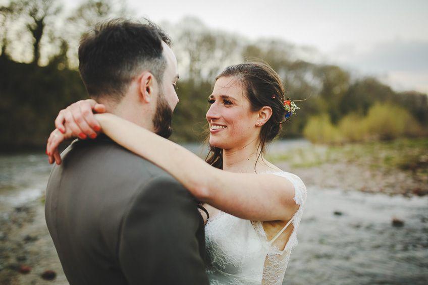 Globe-at-Hay-on-Wye-Wedding-Photography